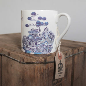 Willow Pattern Mug - tableware