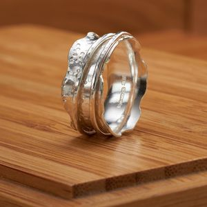 Dainty Dotty Spinner Ring - rings