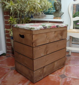 Vintage Style Double Crate Seat With One Inch Cushion