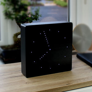 Black Analogue Click Clock