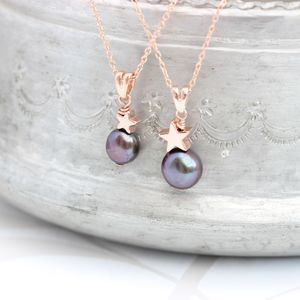Mama Et Moi Peacock Black Pearl Pendants With Star