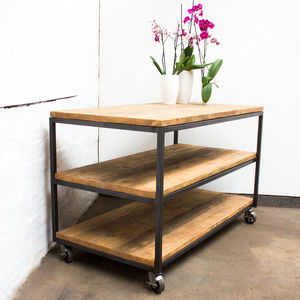 Charlie Table With Shelves And Vintage Castors