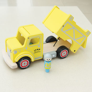 Wooden Dump Truck With Removable Driver