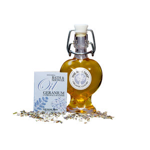 Soothing Bath Oil With Geranium, Cypress And Lavender - bathroom