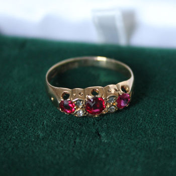 Antique Edwardian 18ct Garnet Engagement Ring