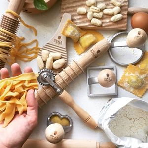 Leonardo Da Vinci Luxury Pasta Making Kit - shop by interest