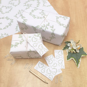 Mistletoe Heart Christmas Wrapping Set - ribbon & wrap
