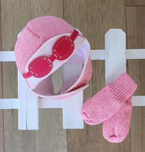 Knitted Pilot Gift Set Hat And Gloves Pink