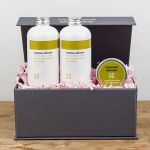 Hardworking Hands Organic Gift Box - gift sets