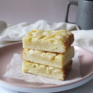 Lemon And White Chocolate Blondies
