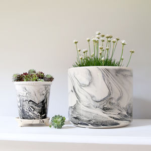 Monochrome Ceramic Planter - for mothers