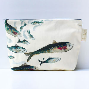 Fishy Friends Wash Bag - make-up & wash bags