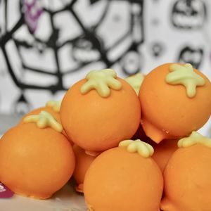 Pumpkin Cake Balls - top halloween picks