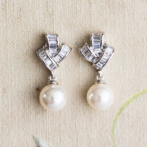 Amy Crystal Pearl Earrings