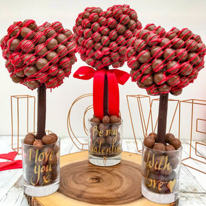 Malteser Chocolate Drizzle, Heart Tree - personalised