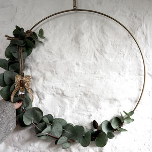 Hanging Brass Wreath Ring - on trend: botanical