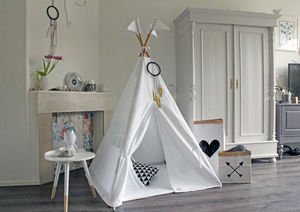 Pure White Midi Size Teepee - new in baby & child