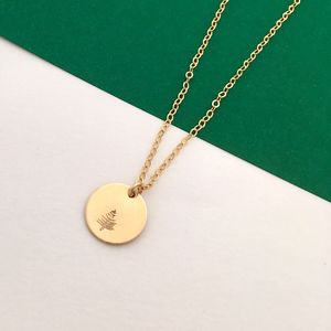 Botanical Gold Disc Necklace Evergreen