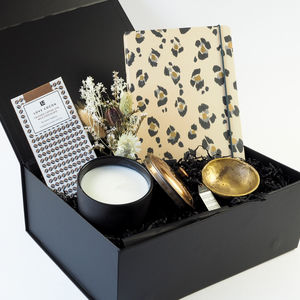 'Incomparable One' Candle And Treats Gift Box - compact mirrors