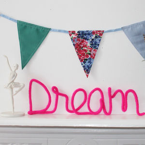 'Dream' Knitted Wire Word Sign - children's room