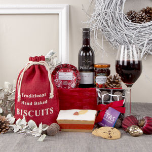 Festive Treats Christmas Gift Hamper - food hampers