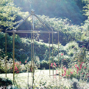 Bodiam Garden Pergola - gifts for grandparents