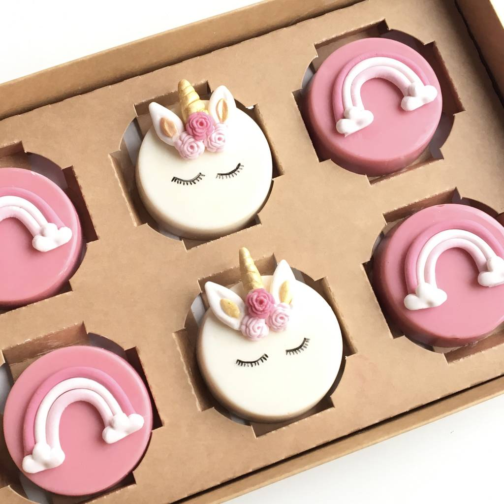 Unicorn Blush Chocolate Cakelet Gift Box