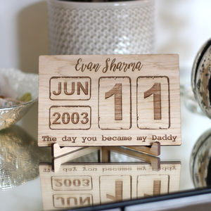 Personalised Oak Calendar Date Stand / Plaque Vintage