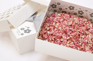 Biodegradable Wedding Petal Confetti Box - wedding planning ideas