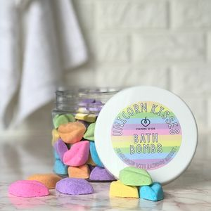 Unicorn Kisses Bath Bombs - bath & body