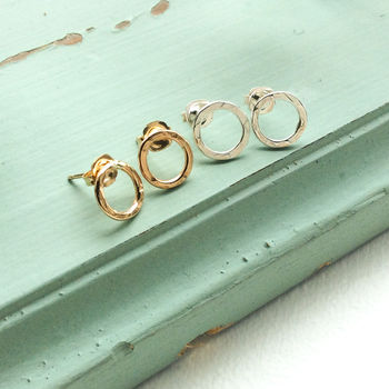 Infinity Hammered Studs