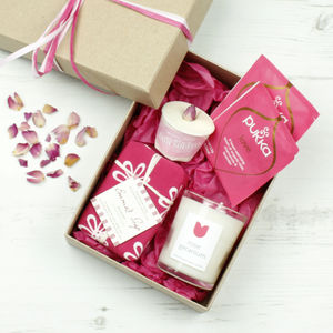 Rose Natural Gift Set - bathroom