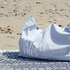 Seaside Vibes Holiday Beach Bag