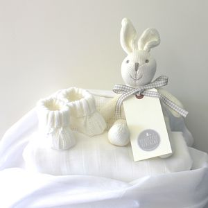 Newborn Baby Gift Bundle - new baby gifts