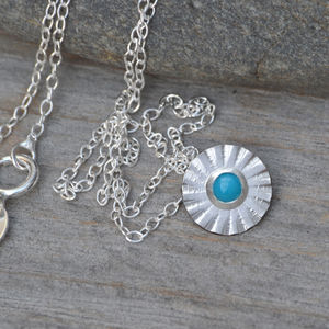 Turquoise Daisy Necklace