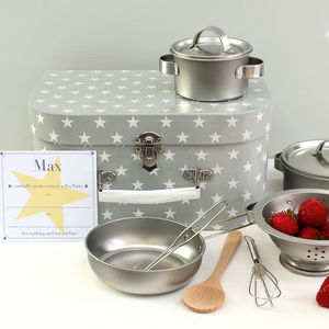 Childrens Star Baker Cookery Set With Invitations - pretend play & dressing up