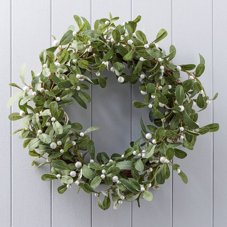 mistletoe christmas wreath - Mistletoe Christmas Decoration