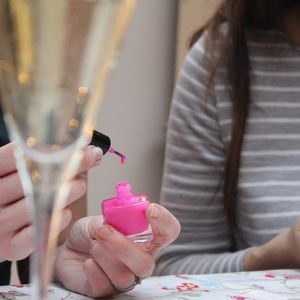Make Your Own Custom Nail Polish Experience For One