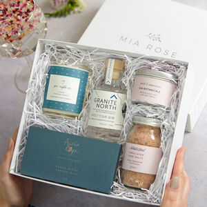 'Gin Night In' Luxury Gift Set