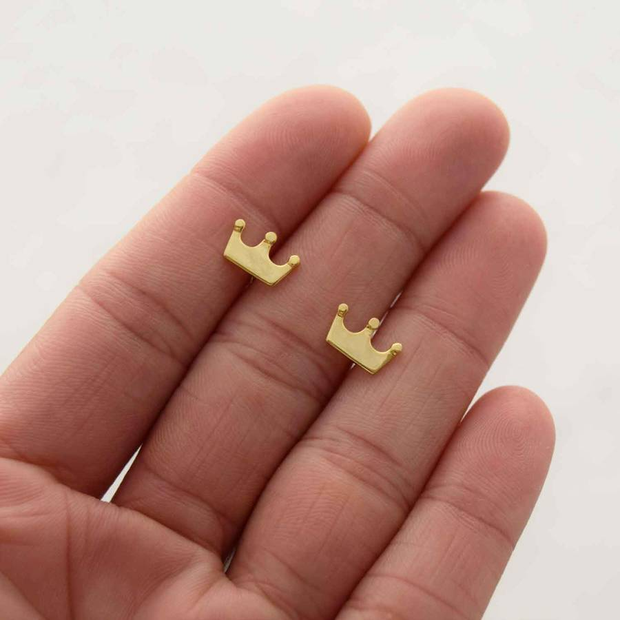 zapps stud earrings products crown clothing skull