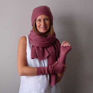 Cashmere Shawl, Hat And Wristwarmer Set