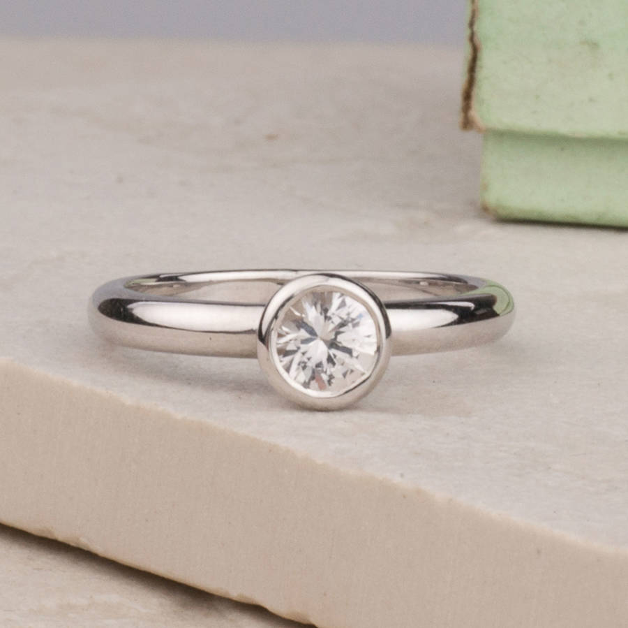 blogs club hearts alternative features engagement rings stone
