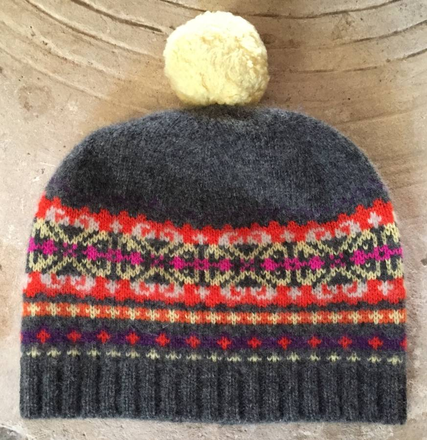 fairisle jacquard hat in 100% cashmere by new scotland ...