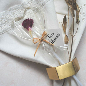Set Of 10 Personalised Edible Flower Lollipops - heart favours