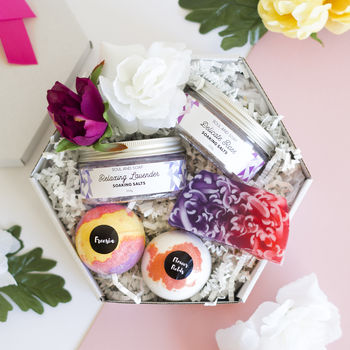 Floral Fresh Pamper Gift Box