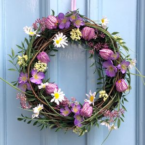 Flower Wreath With Daisies