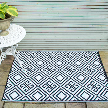 Monchrome Outdoor Rug, Reversible