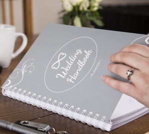 The Ultimate Wedding Planner Handbook - diaries, stationery & books