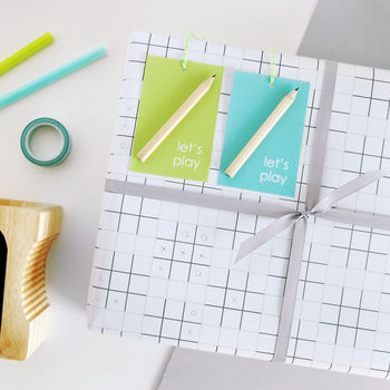 Let's Play Noughts And Crosses Wrapping Paper Set