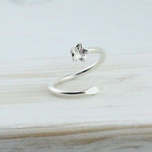 Sterling Silver Textured Flower Toe Ring - rings